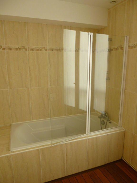 Appartement à louer 3 86.01m2 à Limoges vignette-6