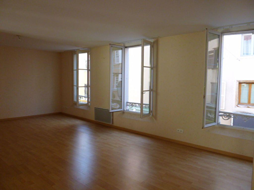 Appartement à louer 3 86.01m2 à Limoges vignette-9