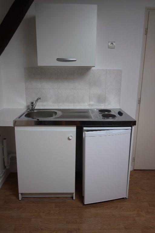 Appartement à louer 2 19m2 à Limoges vignette-4