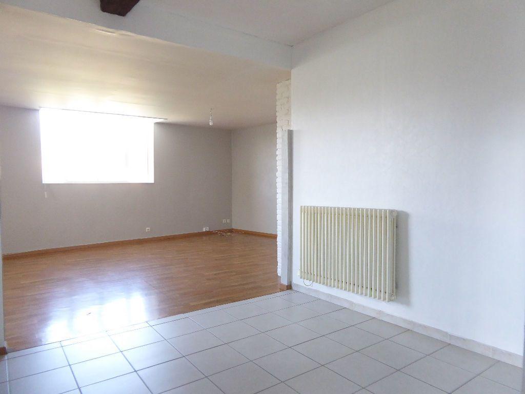 Appartement à louer 4 94.53m2 à Limoges vignette-8