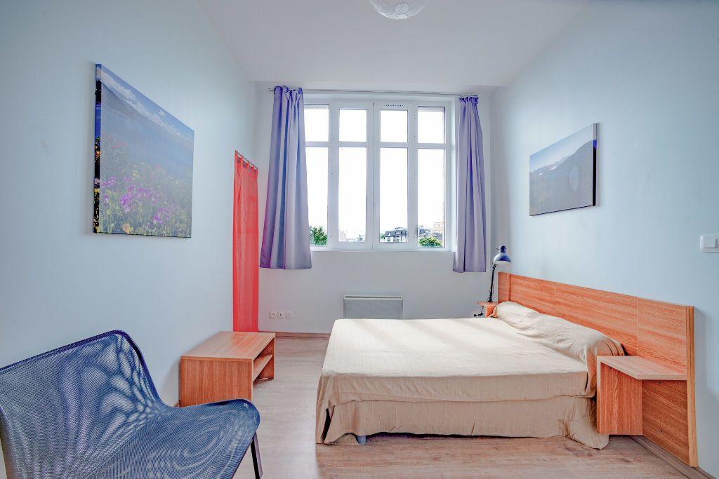 Appartement à louer 1 24.53m2 à Limoges vignette-1
