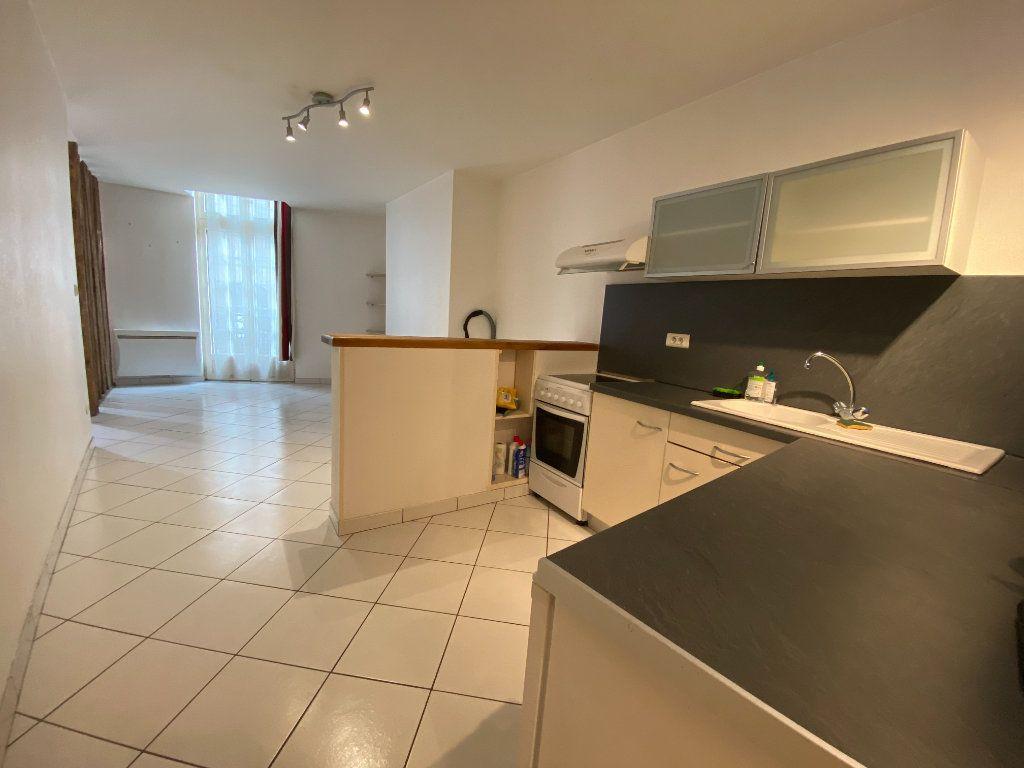 Appartement à louer 2 45.58m2 à Limoges vignette-6