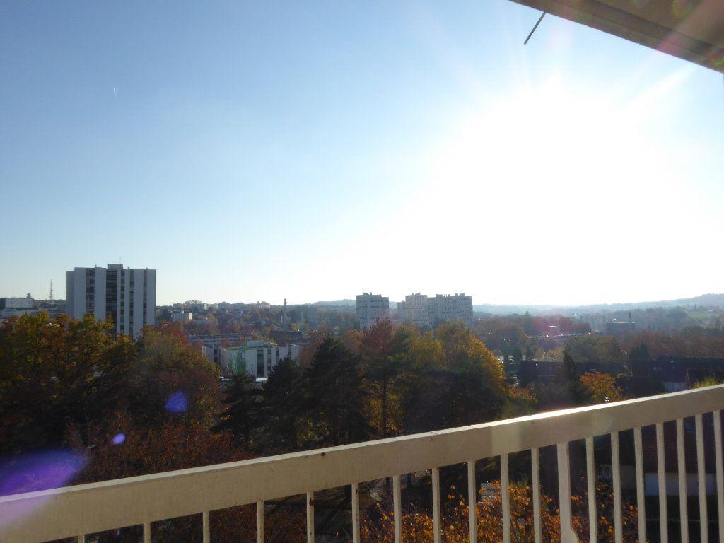 Appartement à louer 3 66.52m2 à Limoges vignette-5