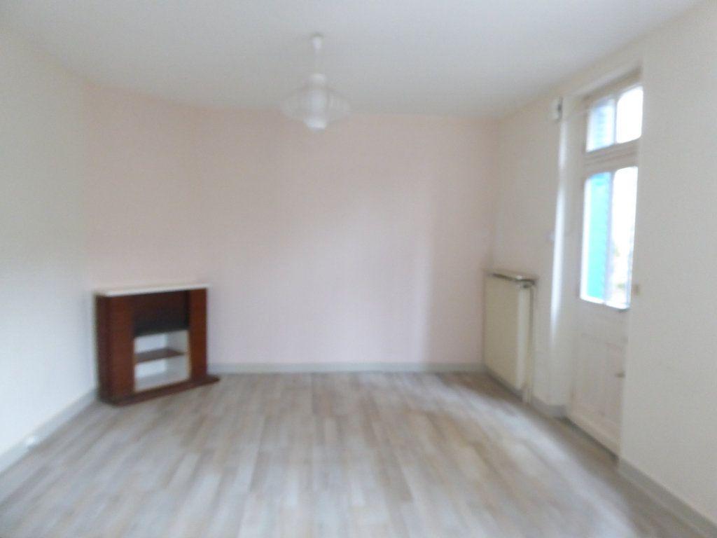 Maison à louer 3 75m2 à Limoges vignette-2