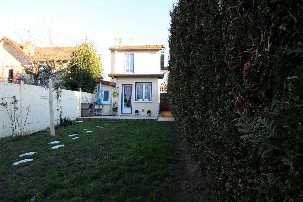 Maison à louer 3 75m2 à Limoges vignette-5