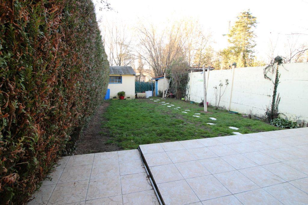 Maison à louer 3 75m2 à Limoges vignette-6
