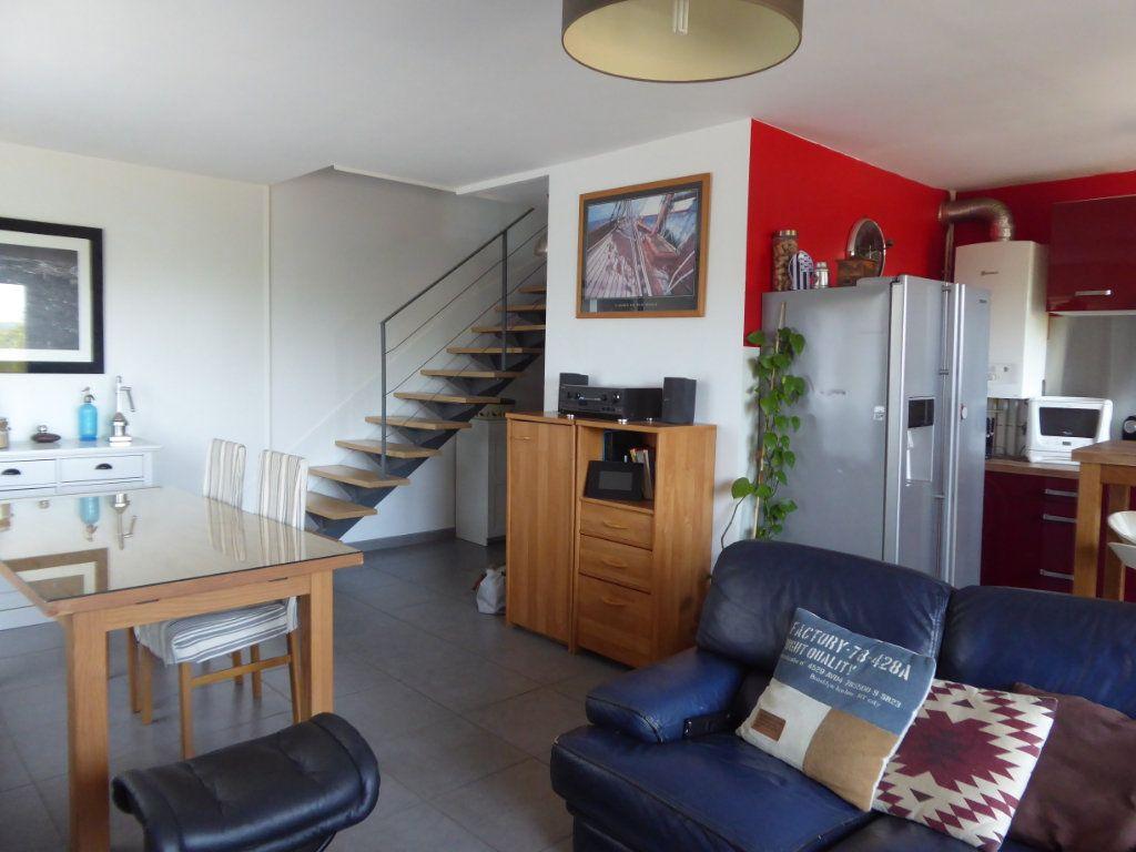 Appartement à louer 4 72.88m2 à Limoges vignette-4