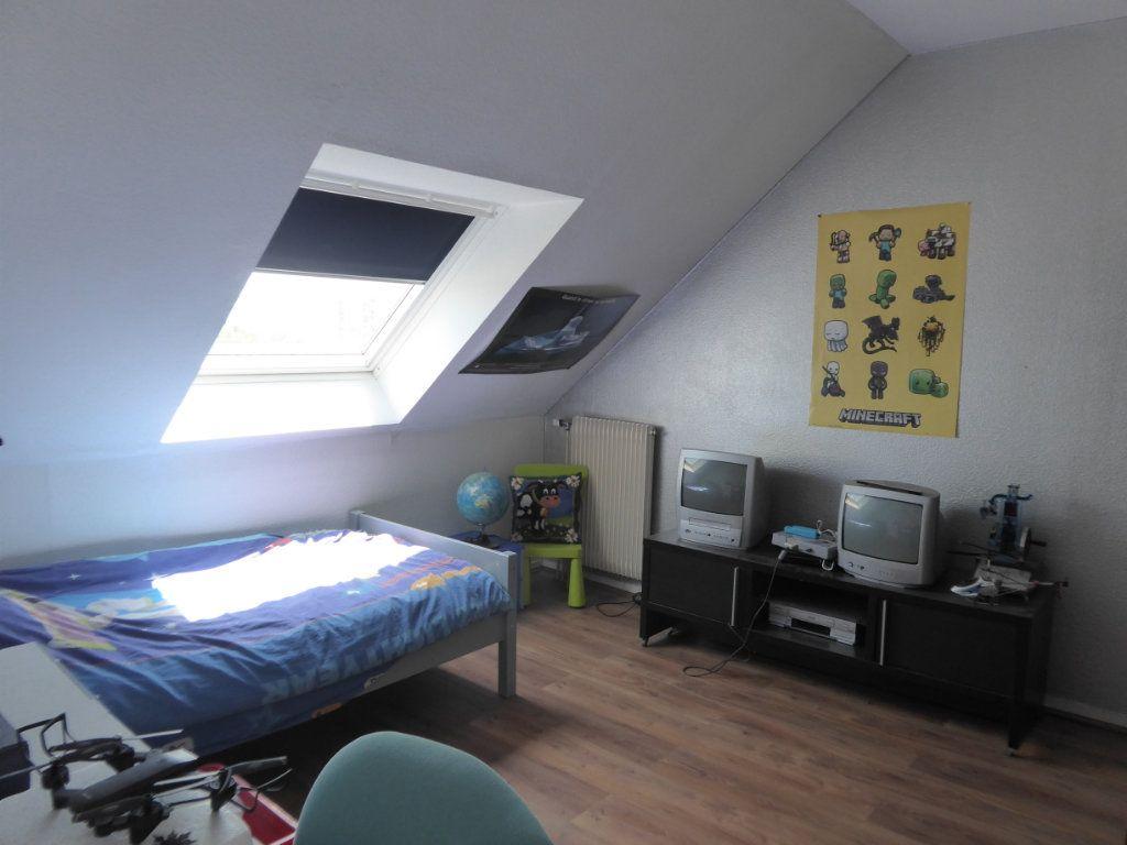 Appartement à louer 4 72.88m2 à Limoges vignette-8