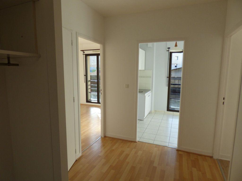 Appartement à louer 2 48.57m2 à Limoges vignette-3