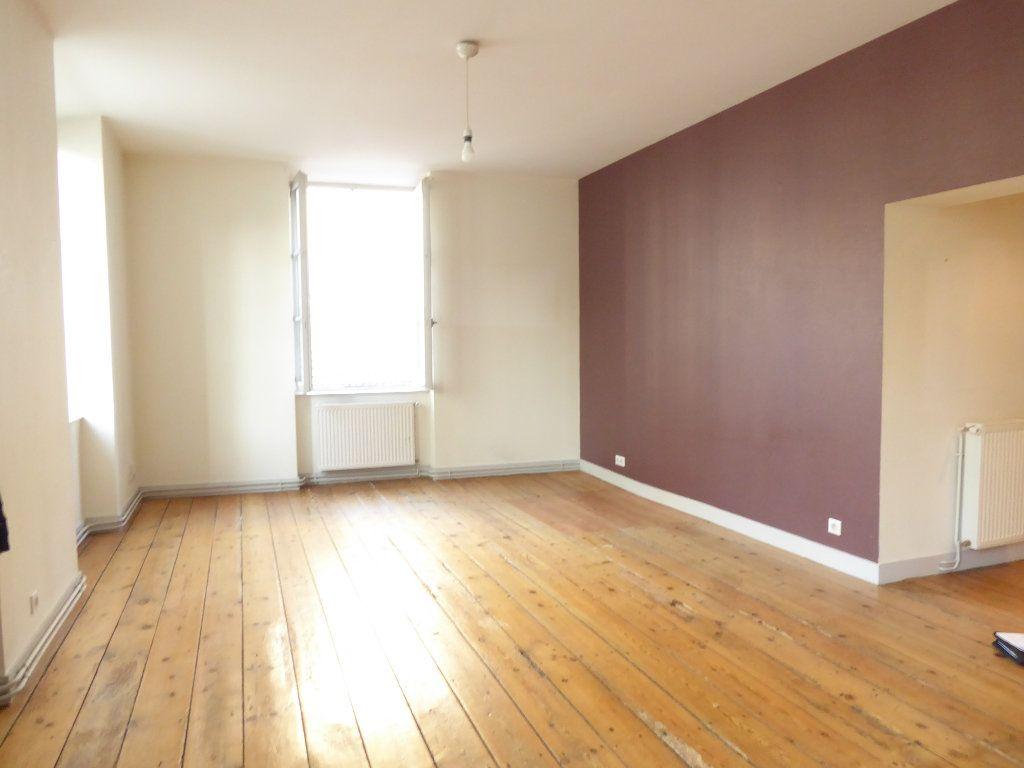 Appartement à louer 3 77.2m2 à Limoges vignette-2