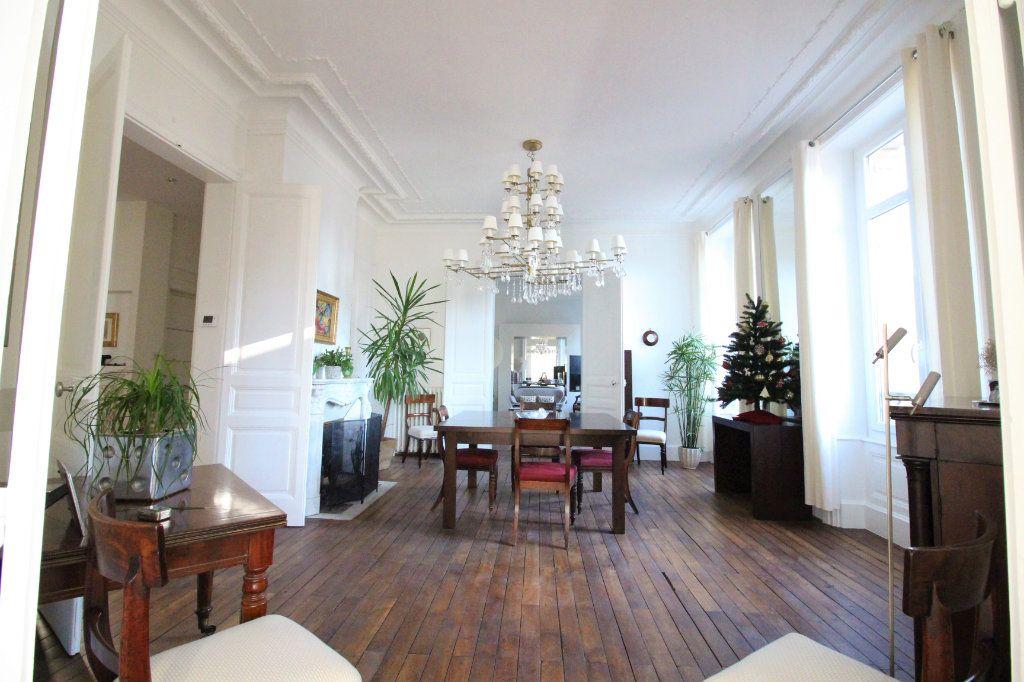 Appartement à vendre 5 175m2 à Limoges vignette-1