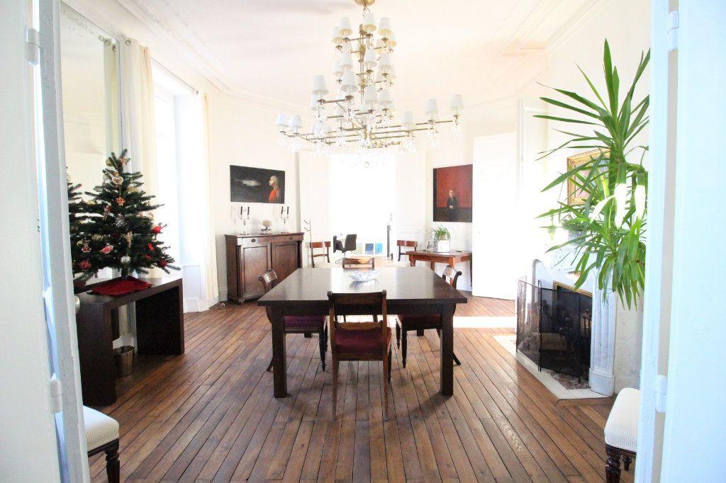 Appartement à vendre 5 175m2 à Limoges vignette-2