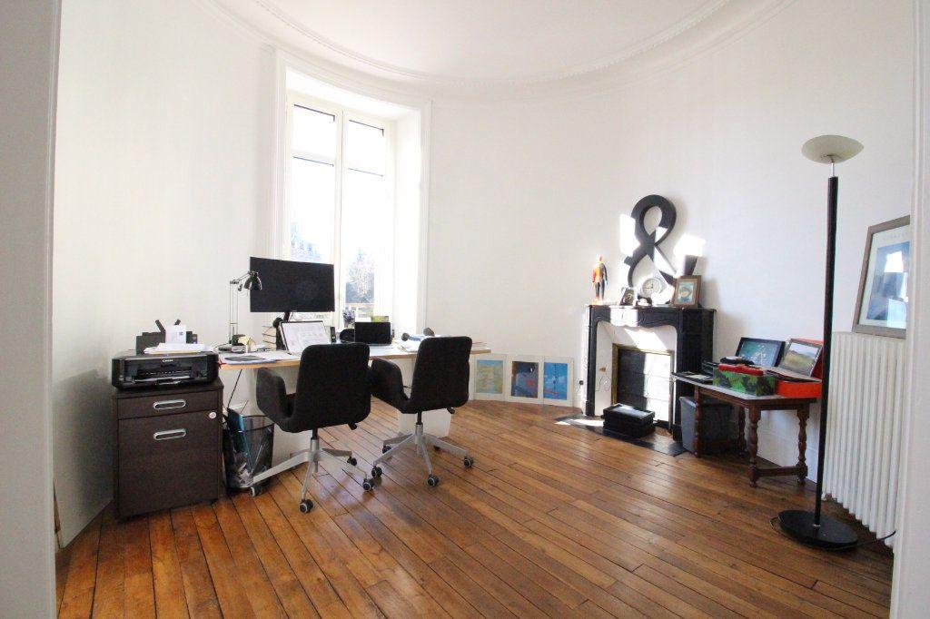 Appartement à vendre 5 175m2 à Limoges vignette-8