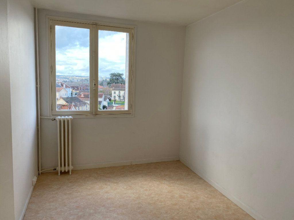 Appartement à louer 3 65m2 à Limoges vignette-6