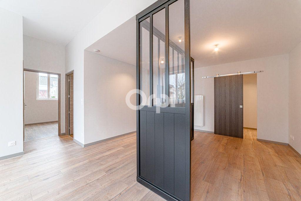 Appartement à vendre 4 100m2 à Limoges vignette-4