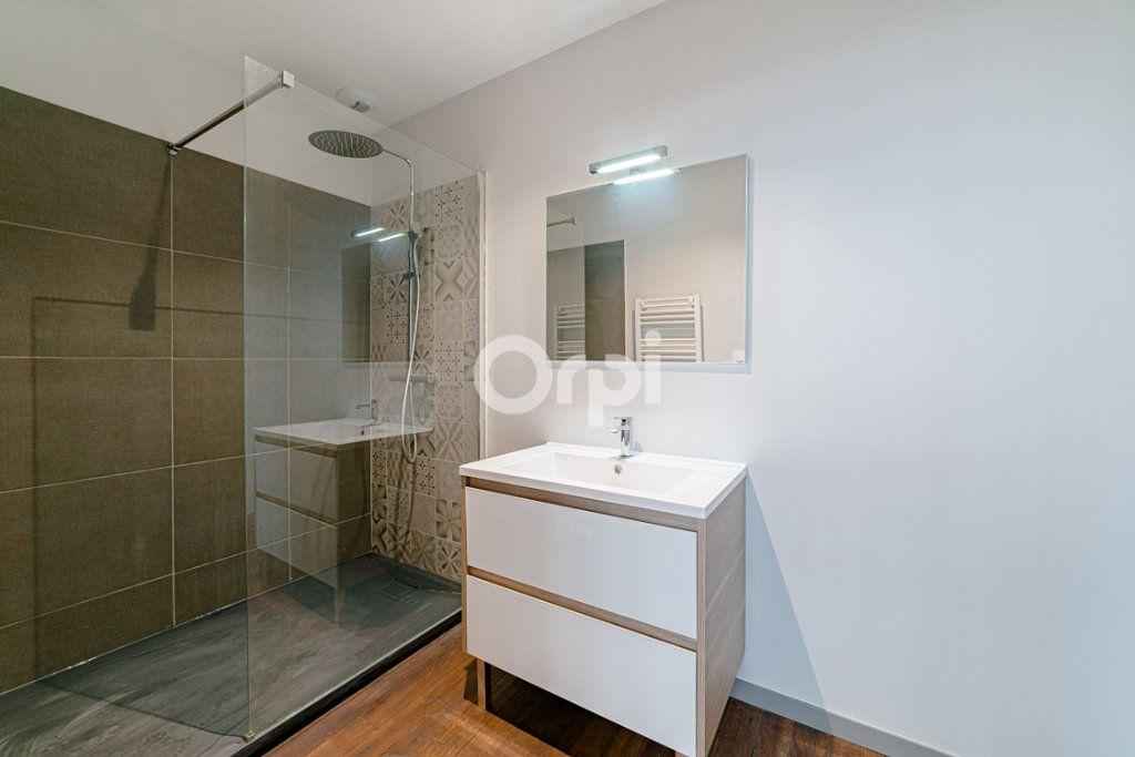 Appartement à vendre 6 124m2 à Limoges vignette-8