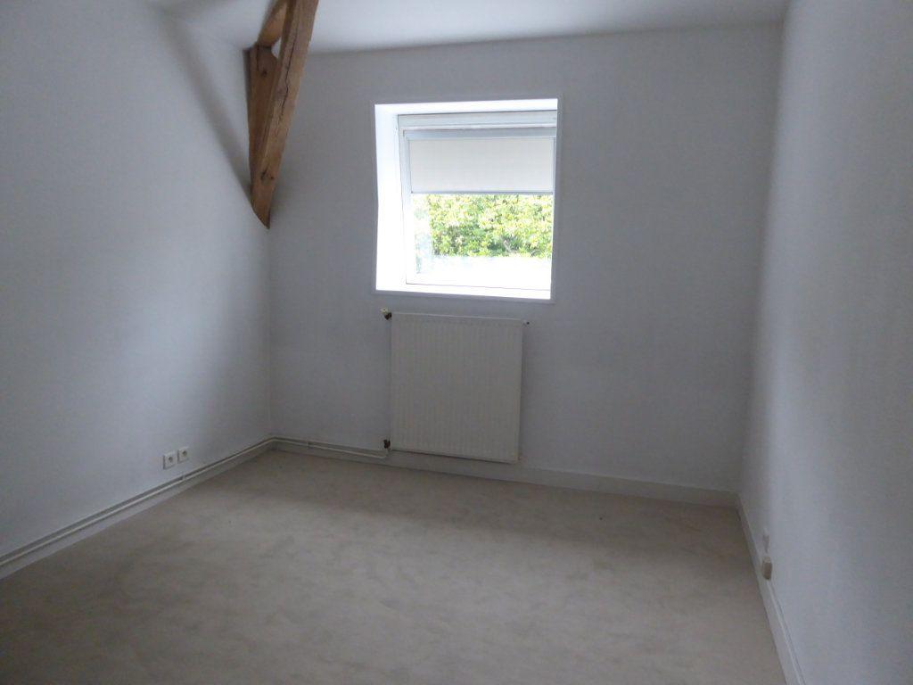 Appartement à louer 4 114.78m2 à Limoges vignette-5