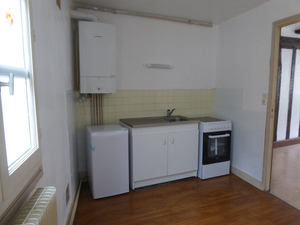 Appartement à louer 1 36m2 à Limoges vignette-2