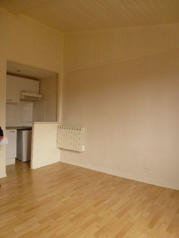 Appartement à louer 1 25.13m2 à Limoges vignette-4