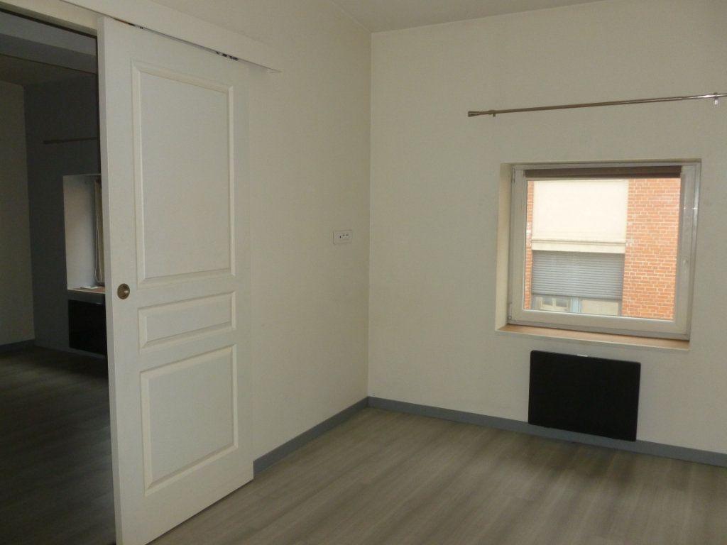 Appartement à louer 2 32m2 à Reims vignette-4