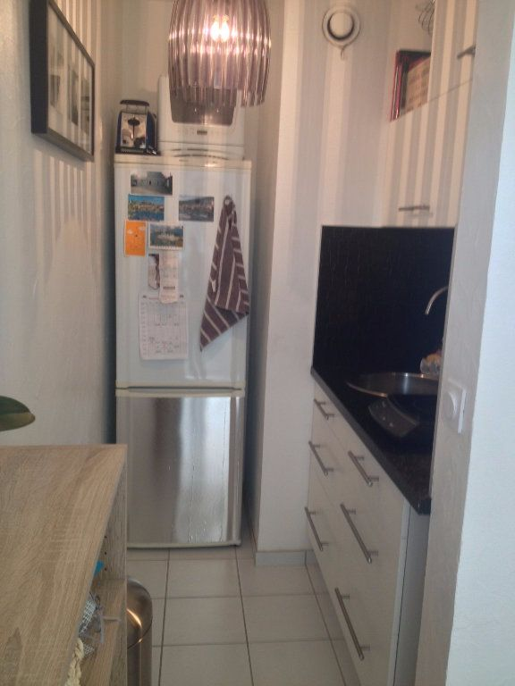 Appartement à louer 1 28.02m2 à Reims vignette-3