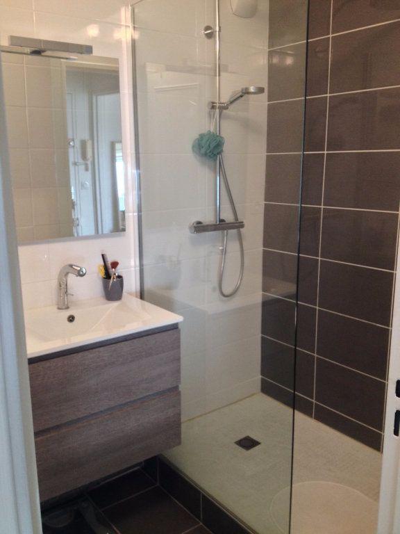 Appartement à louer 1 28.02m2 à Reims vignette-4