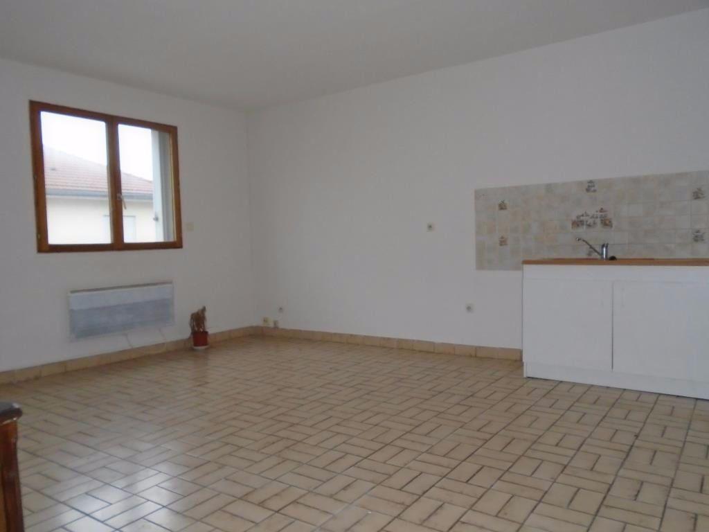 Appartement à louer 2 48.87m2 à Reims vignette-1