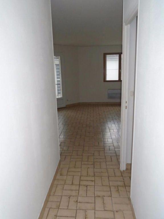 Appartement à louer 2 48.87m2 à Reims vignette-8