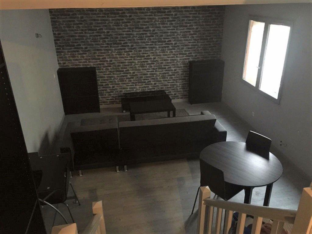 Appartement à louer 1 29m2 à Reims vignette-4