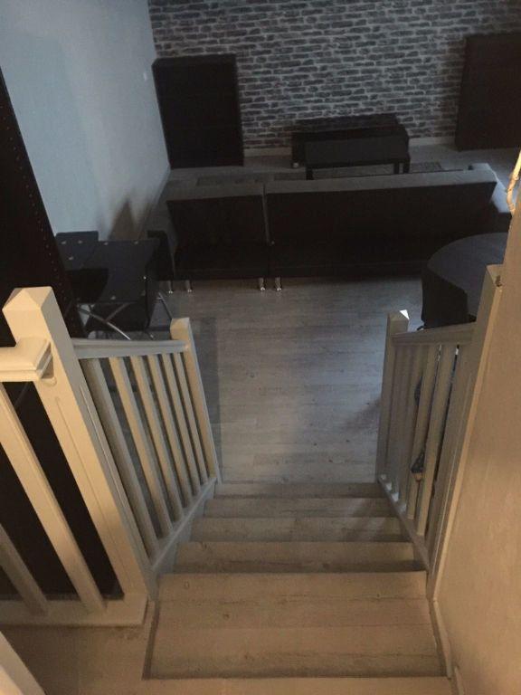 Appartement à louer 1 29m2 à Reims vignette-7