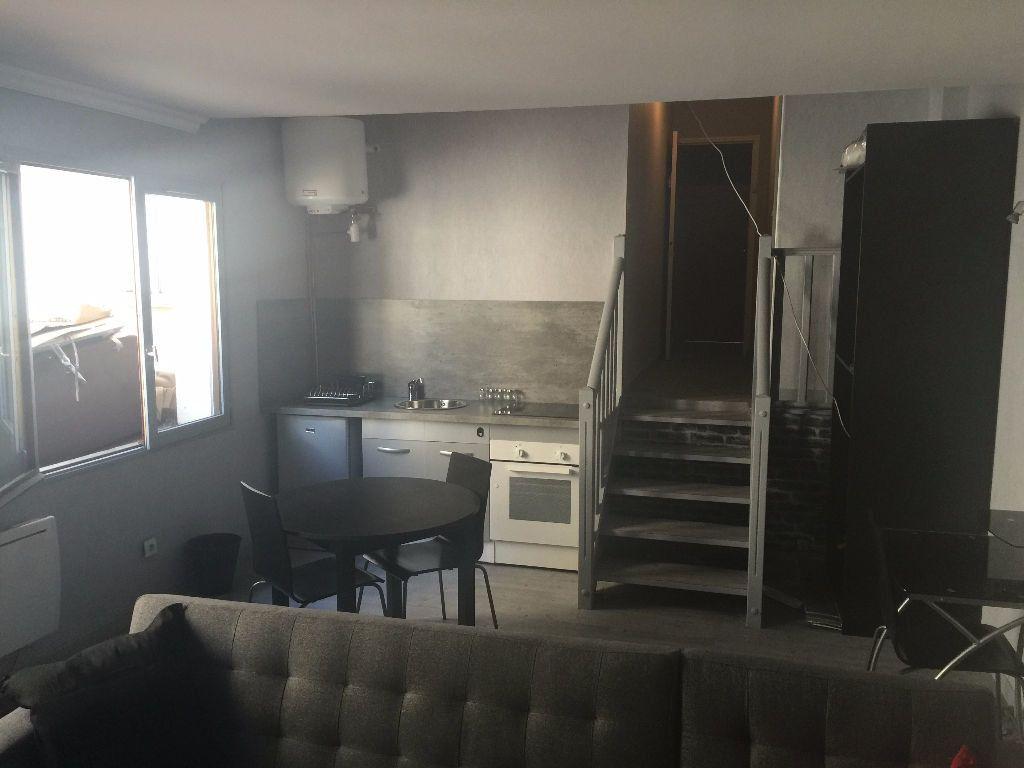 Appartement à louer 1 29m2 à Reims vignette-8