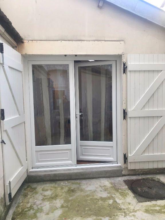 Appartement à louer 1 30m2 à Reims vignette-3