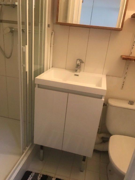 Appartement à louer 1 30m2 à Reims vignette-8