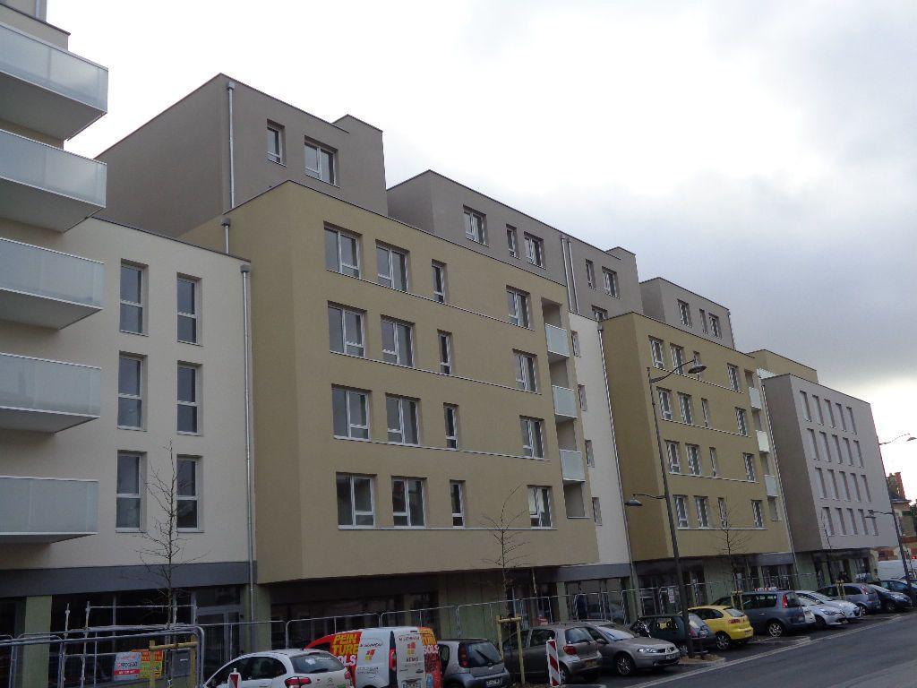 Appartement à louer 1 36.8m2 à Reims vignette-2
