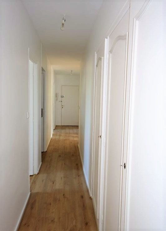 Appartement à louer 4 95.9m2 à Reims vignette-8