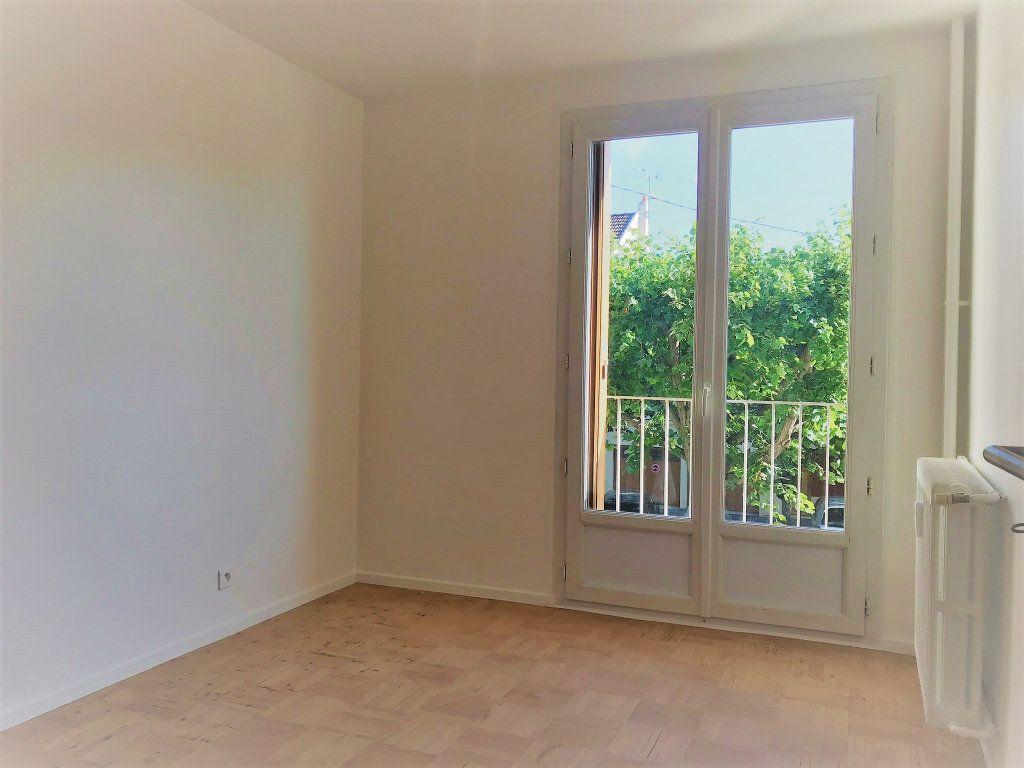 Appartement à louer 4 95.9m2 à Reims vignette-13
