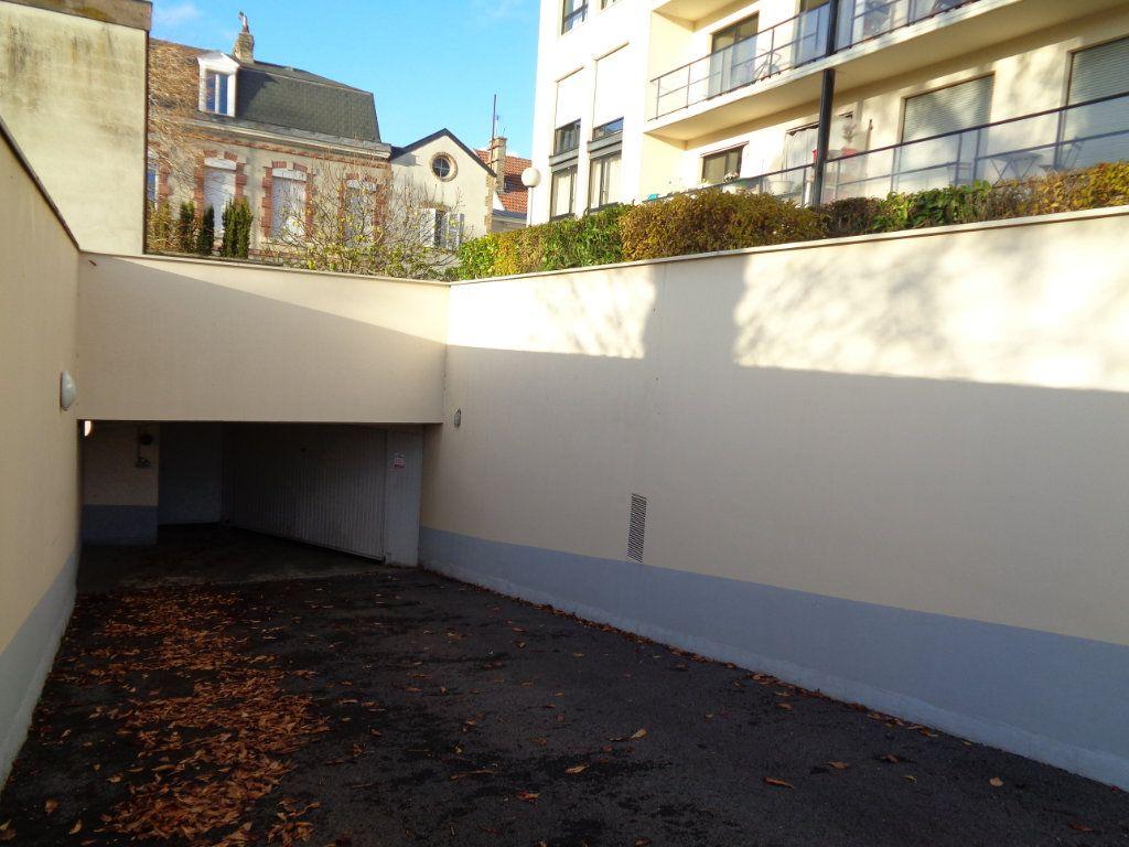 Appartement à louer 1 21m2 à Reims vignette-2