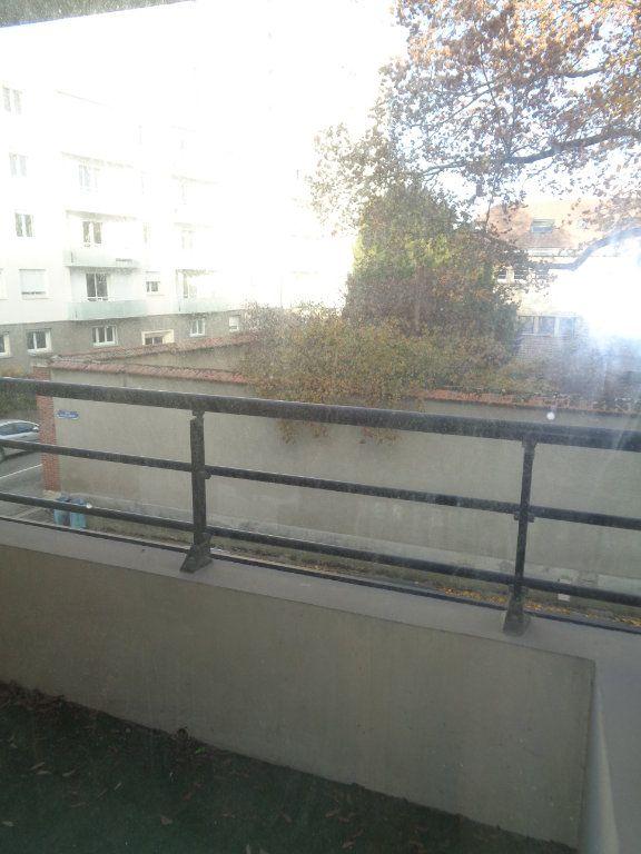 Appartement à louer 1 21m2 à Reims vignette-4