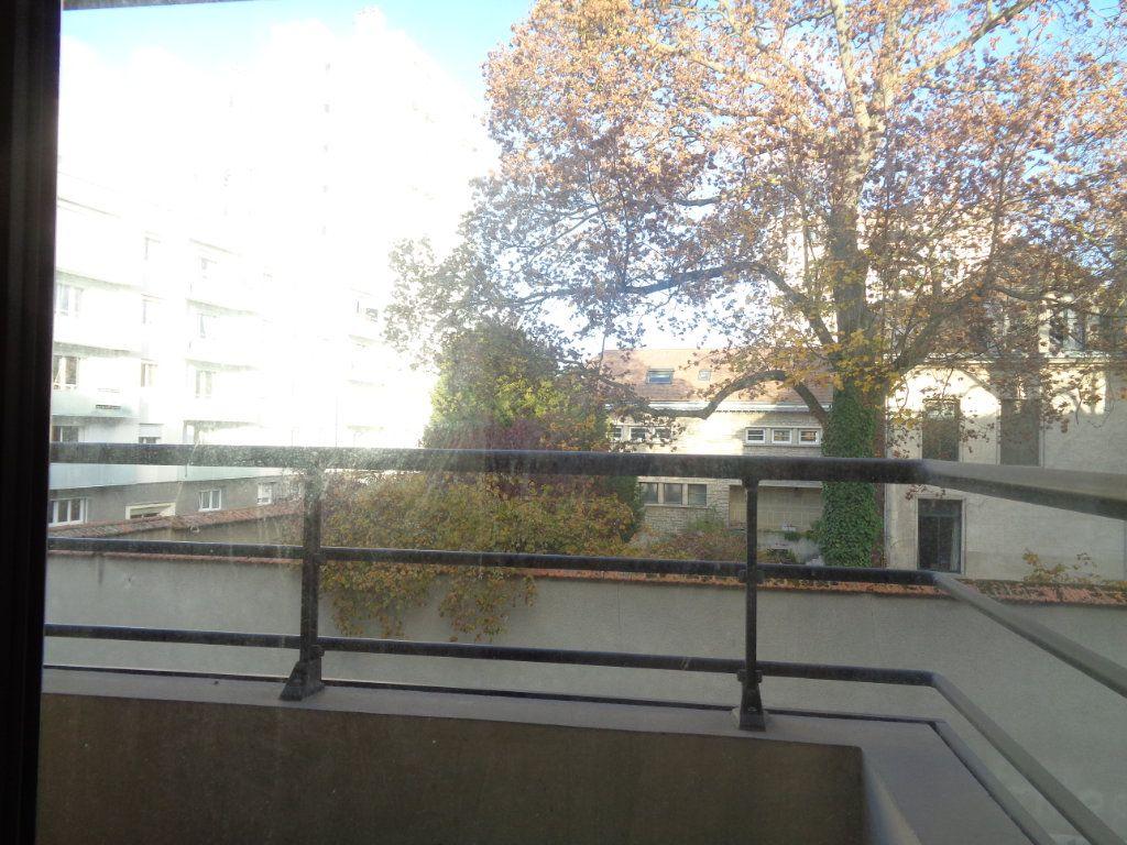 Appartement à louer 1 21m2 à Reims vignette-6