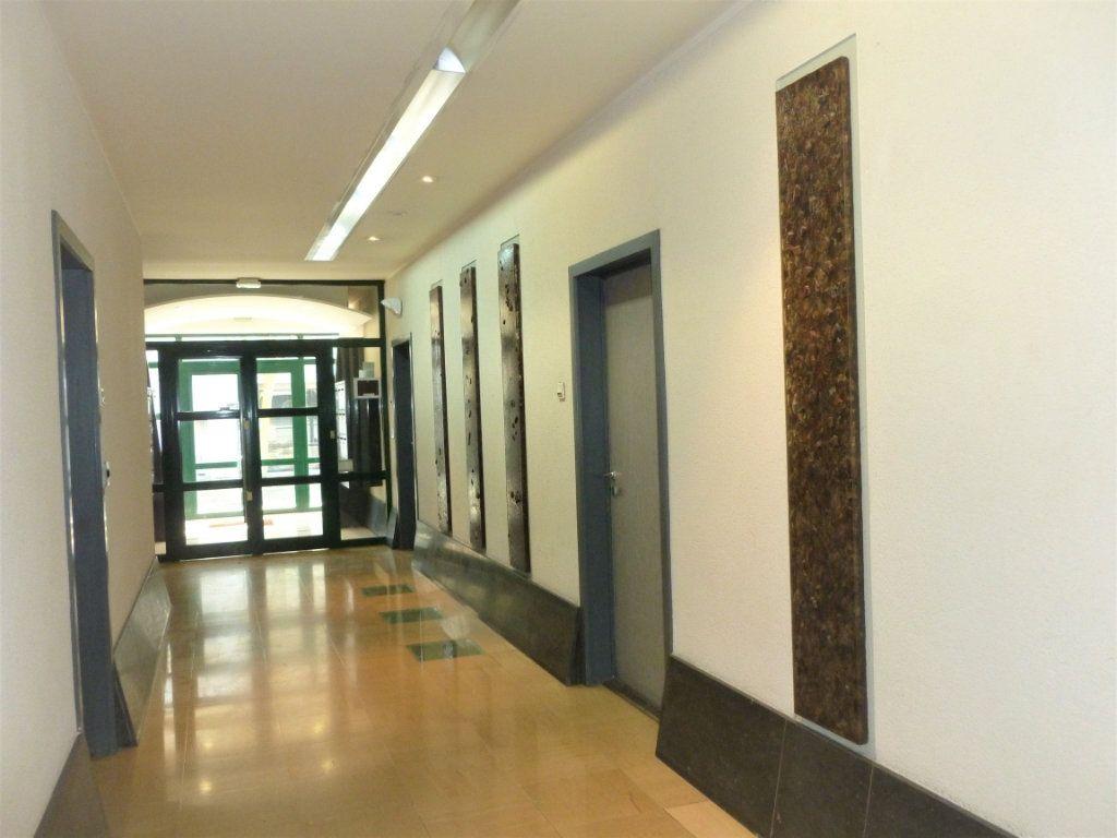 Appartement à louer 1 26.22m2 à Reims vignette-12