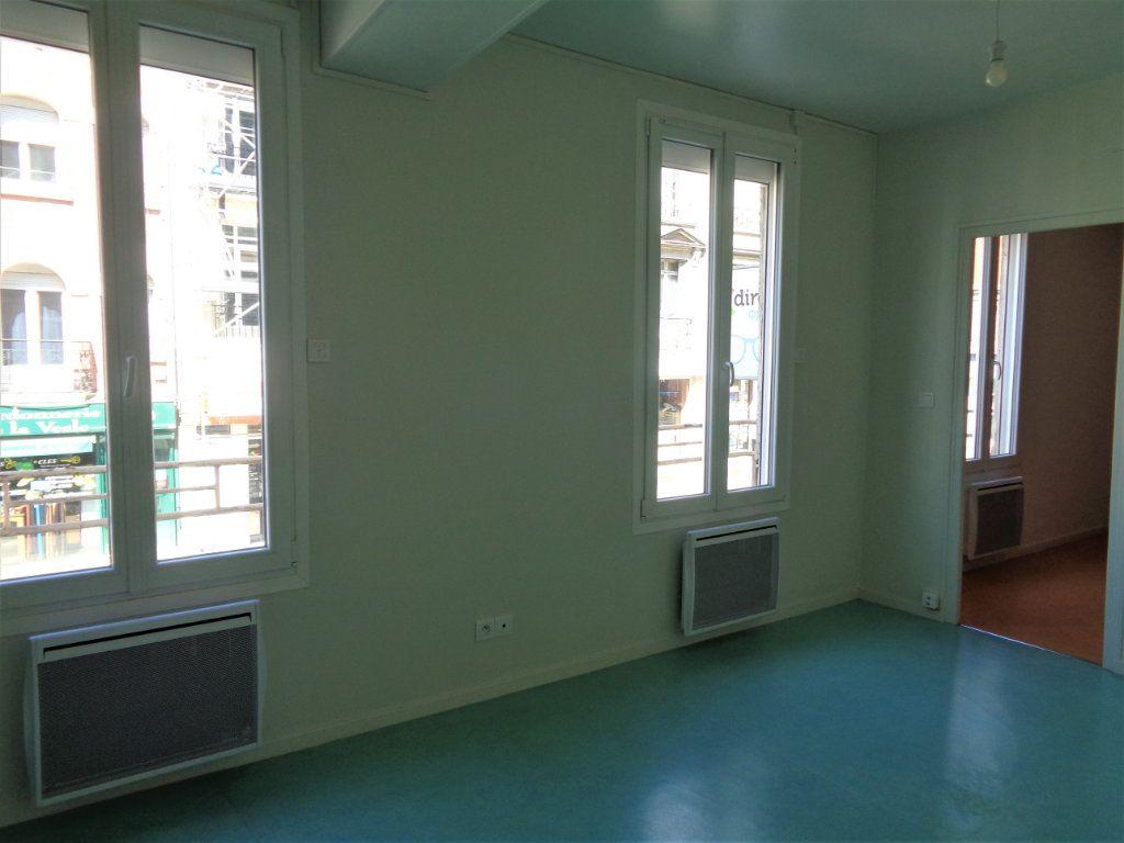 Appartement à louer 2 40.85m2 à Reims vignette-2