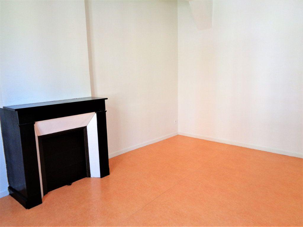 Appartement à louer 2 40.85m2 à Reims vignette-5