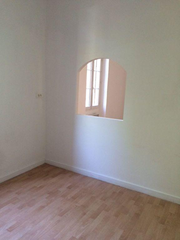 Appartement à louer 3 68m2 à Toulon vignette-3