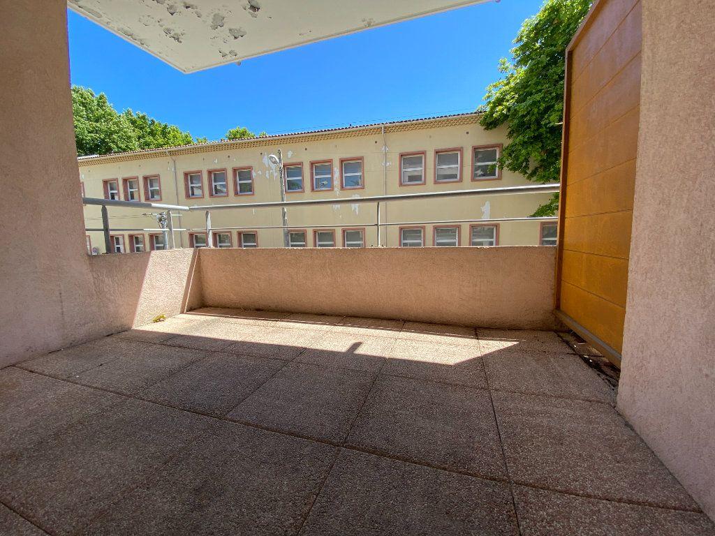 Appartement à vendre 4 72m2 à La Seyne-sur-Mer vignette-2