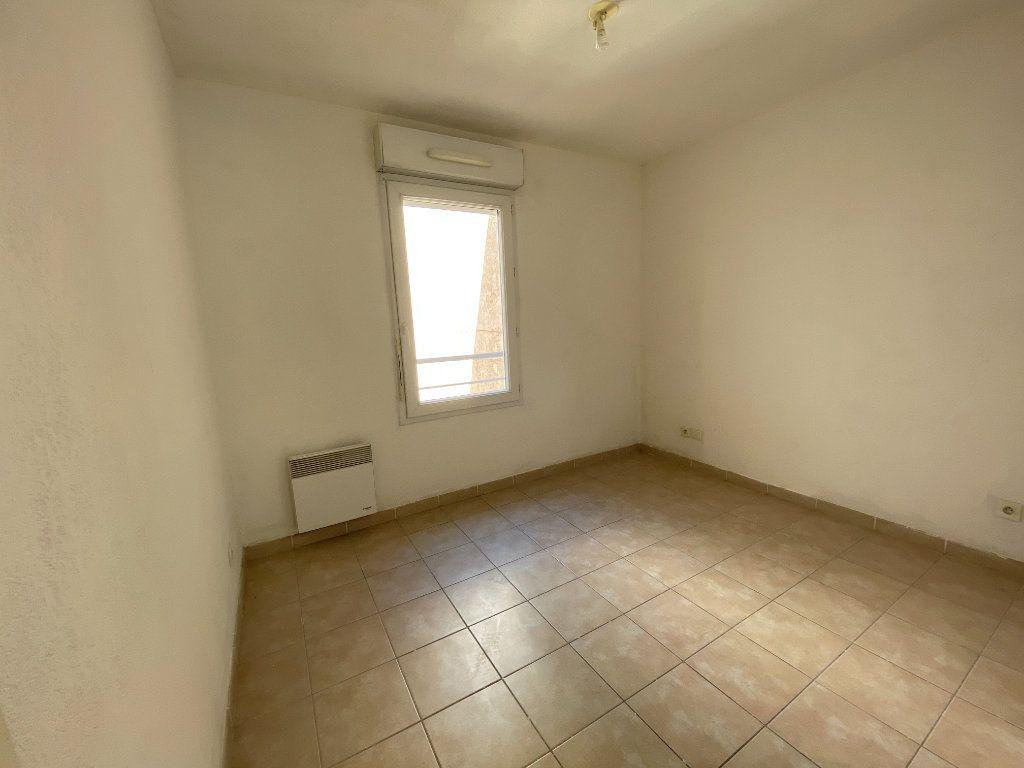 Appartement à vendre 4 72m2 à La Seyne-sur-Mer vignette-5