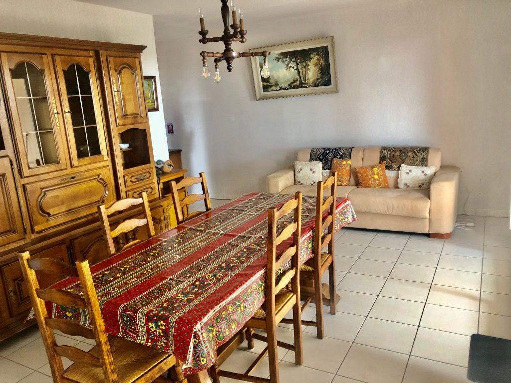 Appartement à vendre 3 73m2 à La Seyne-sur-Mer vignette-6