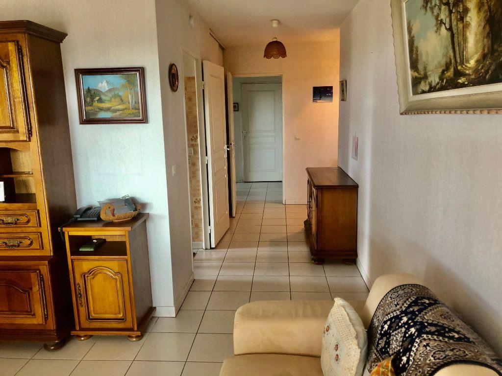 Appartement à vendre 3 73m2 à La Seyne-sur-Mer vignette-7
