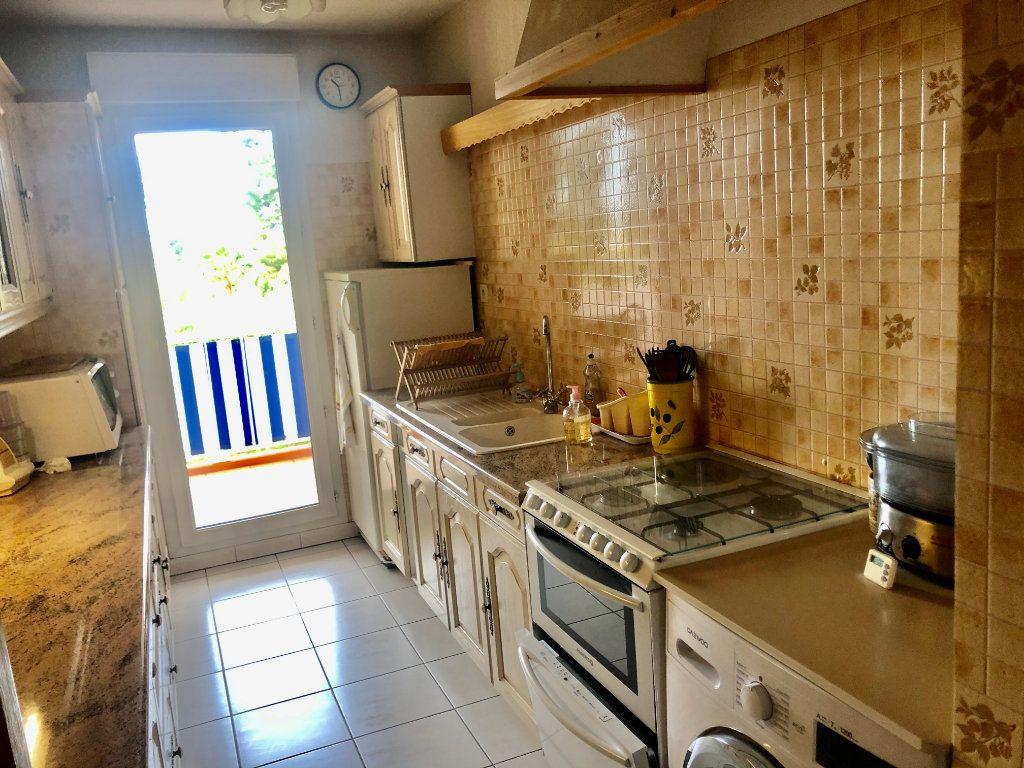 Appartement à vendre 3 73m2 à La Seyne-sur-Mer vignette-9