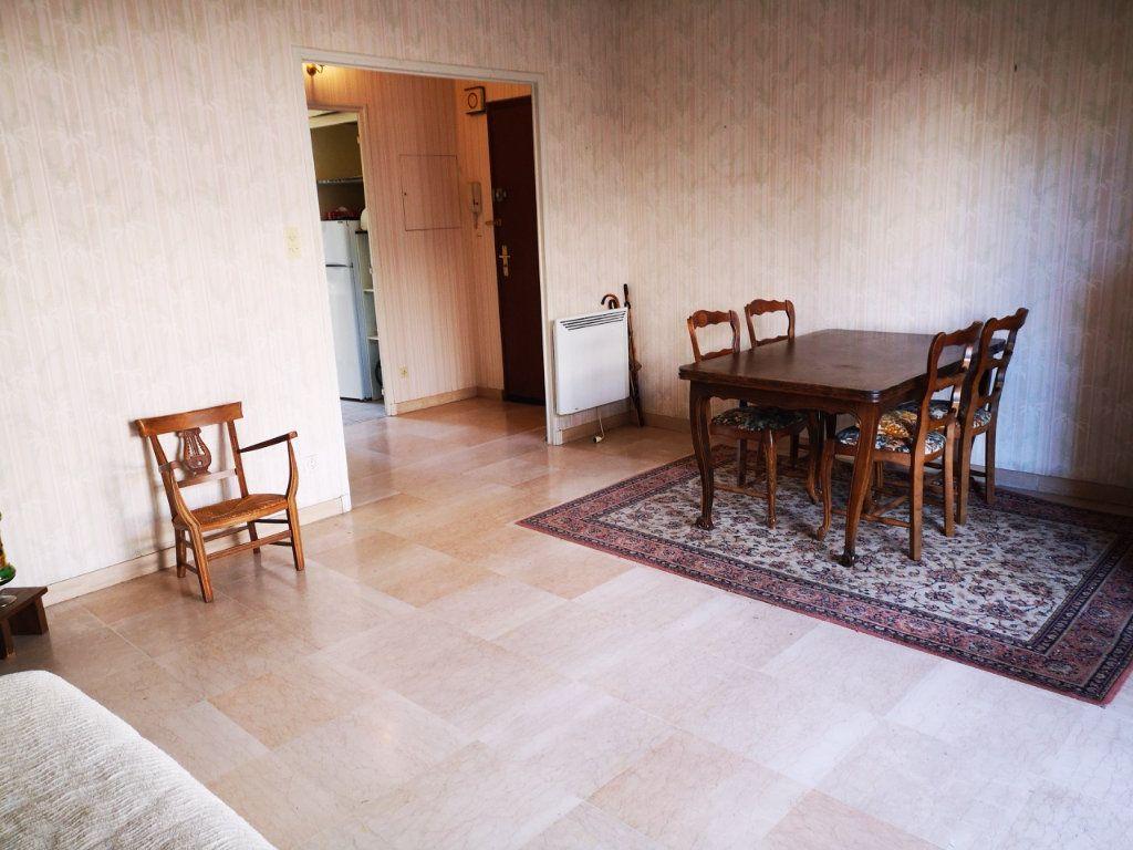 Appartement à vendre 2 55.89m2 à Sanary-sur-Mer vignette-2