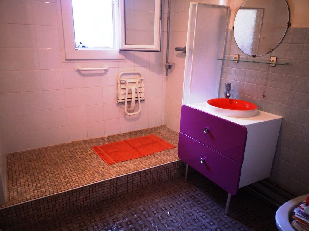 Appartement à vendre 2 55.89m2 à Sanary-sur-Mer vignette-3